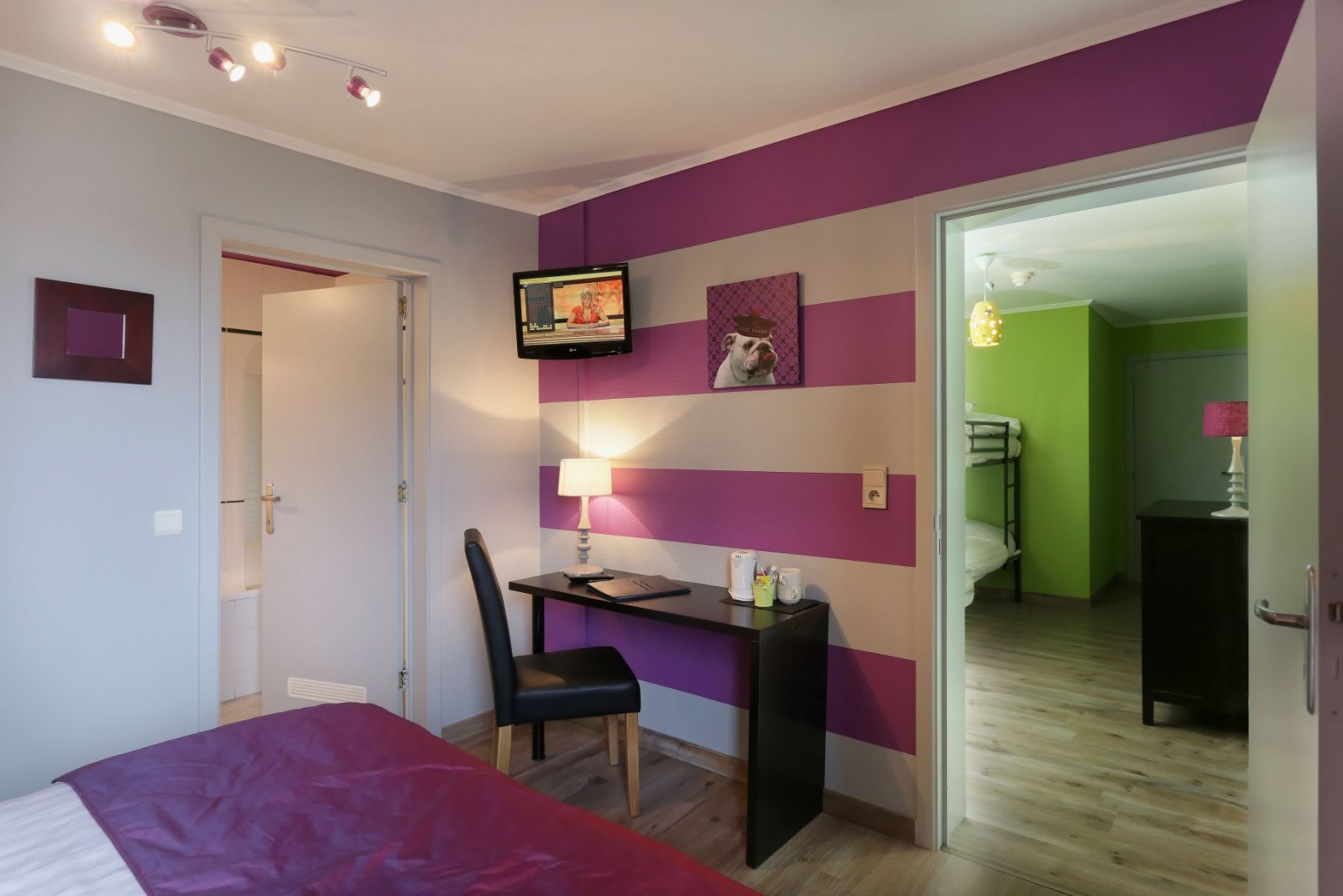 les chambres h tel myrtilles. Black Bedroom Furniture Sets. Home Design Ideas